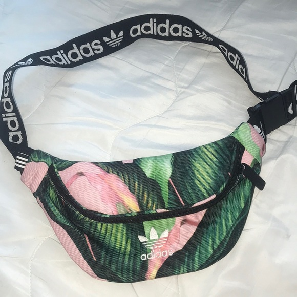 8240ea511331 Adidas palm belt bag. M 5c38df90a31c331aa4b6ef0a